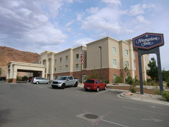 Hampton Inn Moab: Aussenansicht