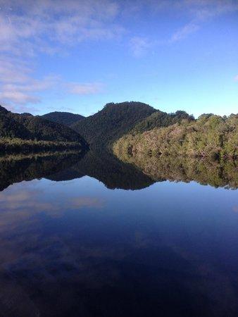 Gordon River Cruises: Reflections on Lake Gordon