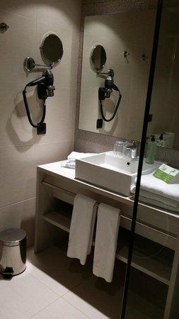 Holiday Village Majorca - Protur Monte Safari: Bathroom