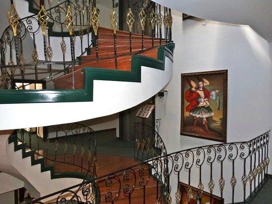 Hotel Hacienda Puno : vers les chambres