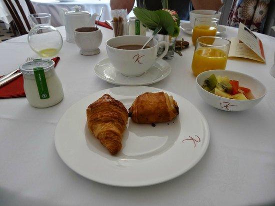 Domaine De Kerbastic : Petit déjeuner