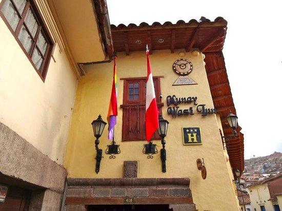 Hotel Munay Wasi: façade