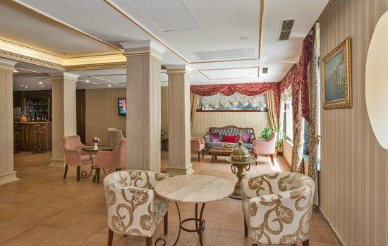 Santa Sophia Hotel: Lobby