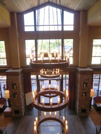 Hampton Inn & Suites Springdale Zion National Park: Blick runter in den Frühstückssaal