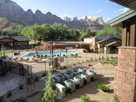 Hampton Inn & Suites Springdale Zion National Park: Zimmeraussicht Spätnachmittag