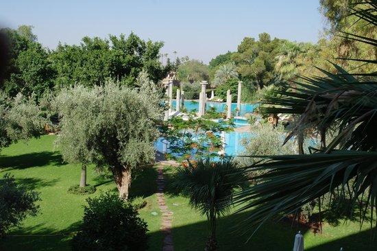 Es Saadi Marrakech Resort - Palace : General view of pool