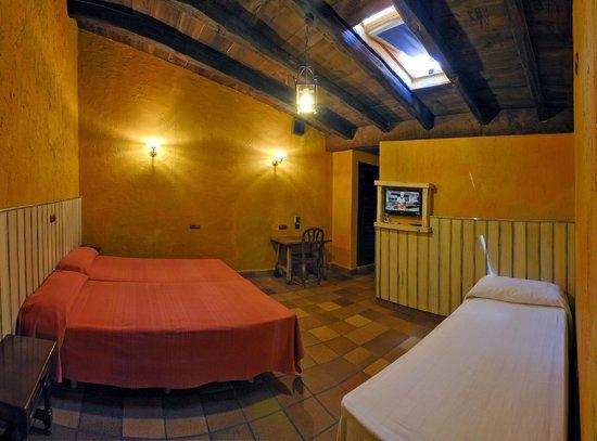 Apartamentos El Tiempo: Apartamento con Vigas de Madera