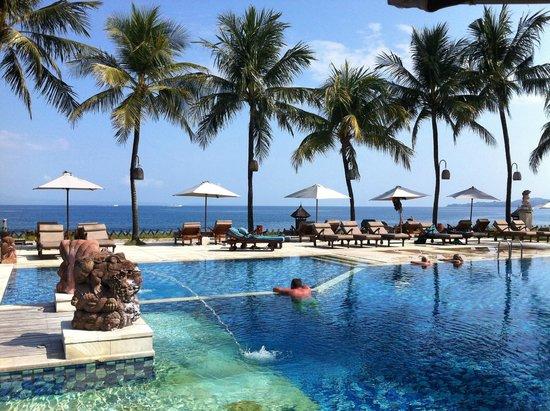 Garpu Restaurant : great pool