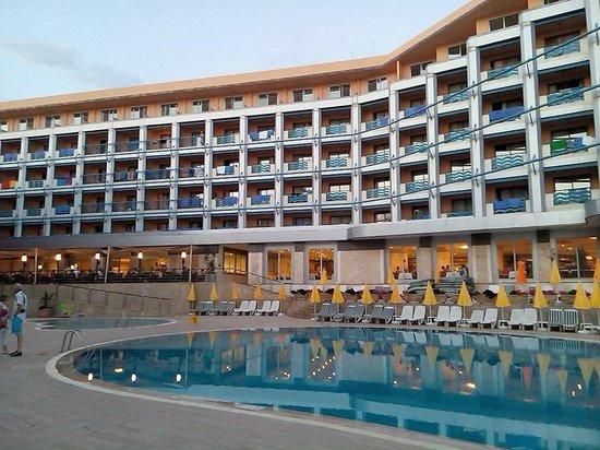 Grand Kaptan Hotel : Hotel