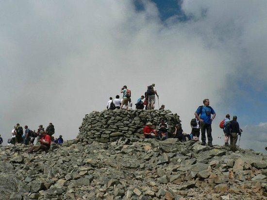 Kendal, UK: Scafell Pike guided walks