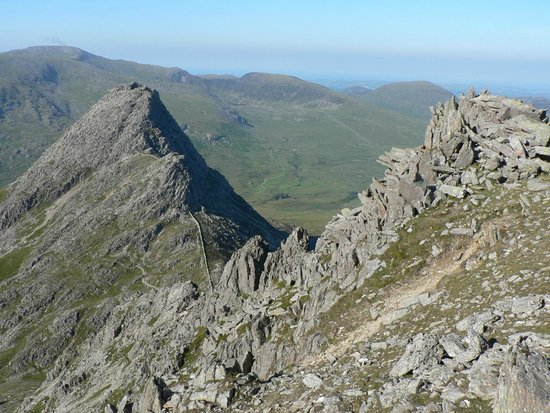 Kendal, UK: Snowdonia guided walks - Tryfan and Bristly Ridge