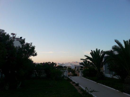 Palais des Iles Djerba Hotel: Weg zum Strand