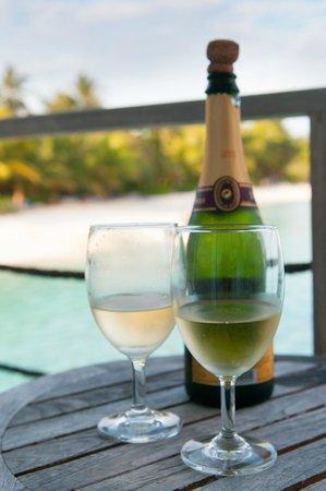 Holiday Inn Resort Kandooma Maldives : Компламент для молодоженов