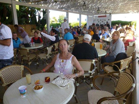 Costanza Beach Club : l'endroit où l'on prend l'apèro