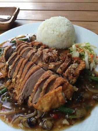 Thai Hang Bistro