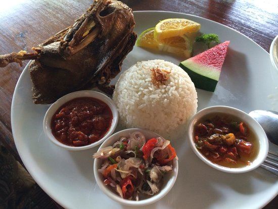 Bebek Bengil: hard to bit maybe overcooked
