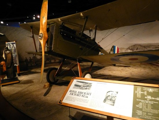The Museum of Flight : WW1 Hall - Captain James McCudden