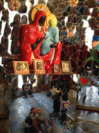 Tarot Garden : Tarot Capalbio (Guarda Mare)