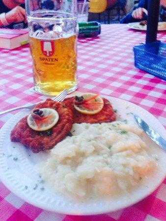 Schneider's German Gasthaus & Beergarden