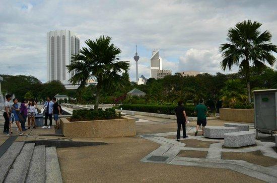 National Mosque (Masjid Negara): Aussenbereich