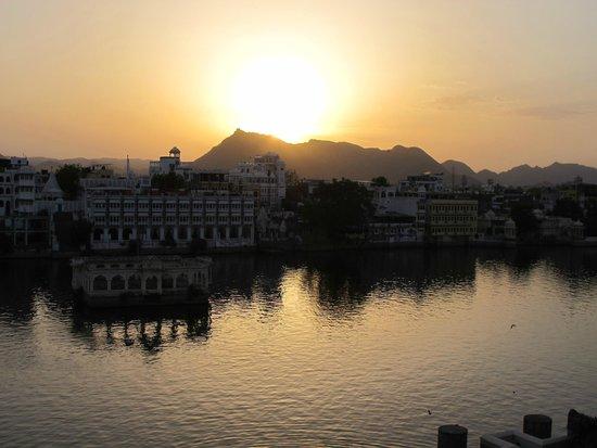 Hotel Aashiya Haveli : Atardecer