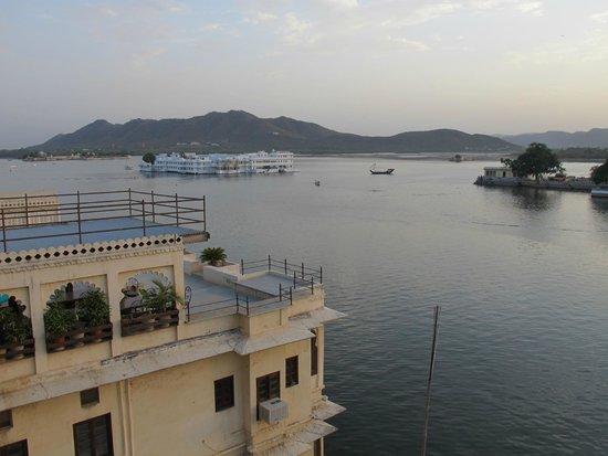 Hotel Aashiya Haveli: Desde la terraza...