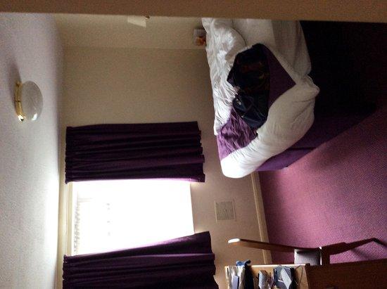 Premier Inn Exeter (Countess Wear) Hotel : Room