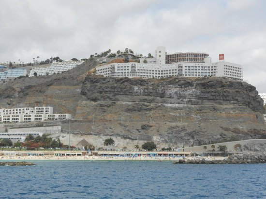 ClubHotel Riu Vistamar : Hotel from water taxi