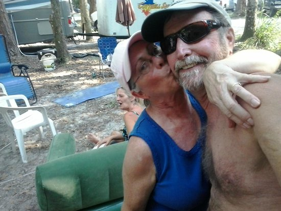 Chassahowitzka River Campground: roxane giving me some kisses