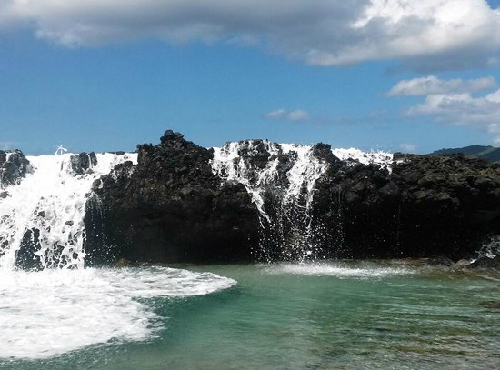 Carambola Tide Pools : When the waves crash over the rocks, it becomes a waterfall!