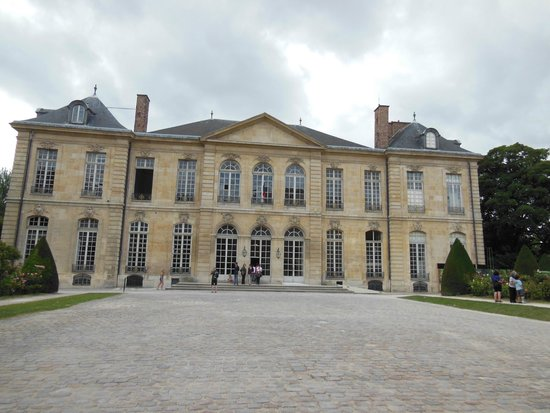 Musée Rodin : Rodin started out renting 4 rooms on the first floor