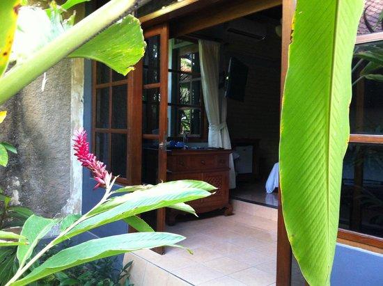 Kuta Puri Bungalows: Garden room 70