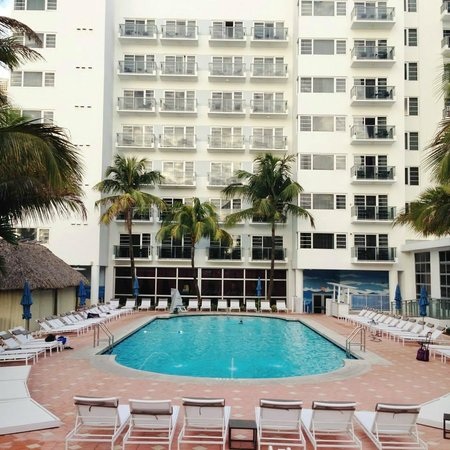 Pool area - Picture of Courtyard Cadillac Miami Beach ...