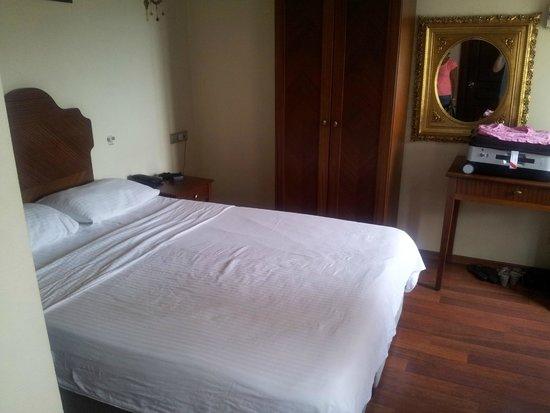 Asitane Hotel: vue chambre