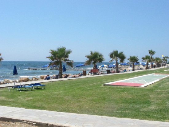 Kefalos Beach Tourist Village: View from the lawn in front of the Hotel
