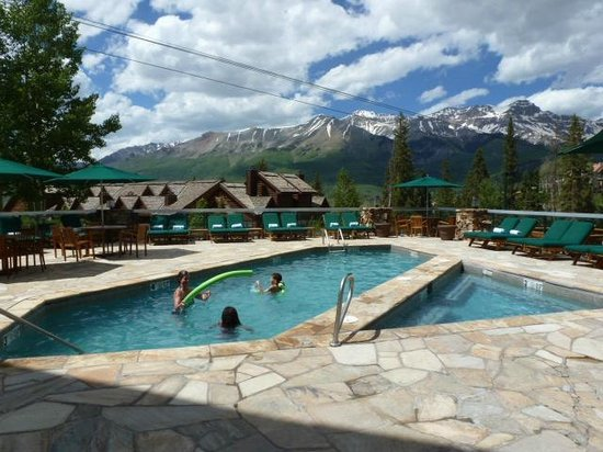 Mountain Lodge Telluride, A Noble House Resort: Great swimming or hot tubbing
