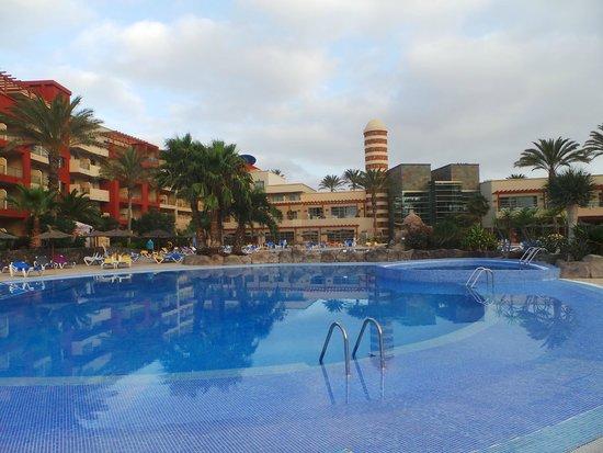 Hotel Elba Carlota : veduta dell'hotel