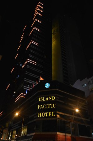 Island Pacific Hotel: Island Pacific building
