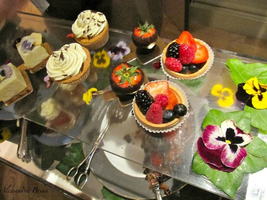 Athenaeum: Beautiful cakes