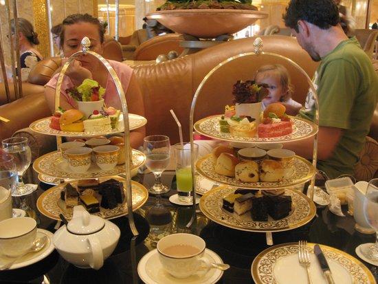 Emirates Palace Hotel Abu Dhabi Vendome Restaurant