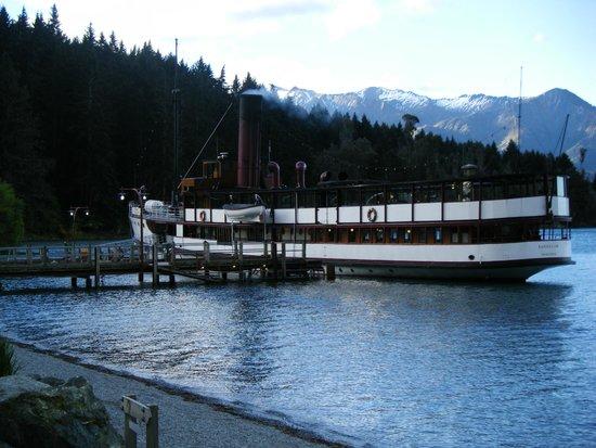 Real Journeys - TSS Earnslaw Vintage Steamship Cruises : The Earnslaw docked at Walter Peak Station.