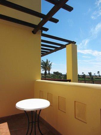 Horizon Beach Resort: Balkonbereich
