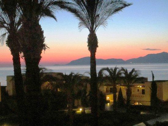 Horizon Beach Resort: Abendstimmung