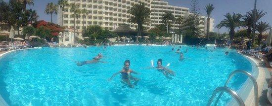 H10 Las Palmeras: pool