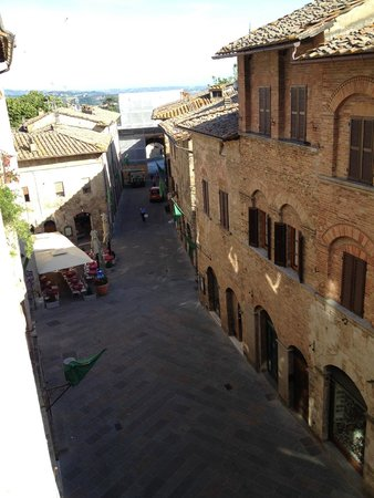 Hotel L'Antico Pozzo: Room with a View