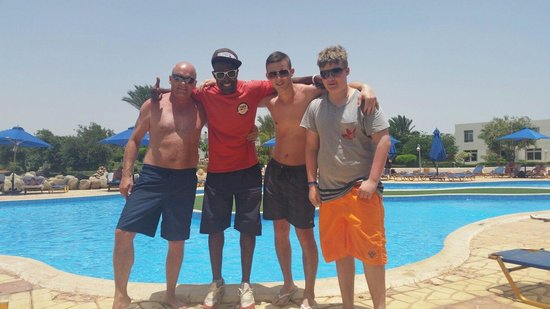 Aurora Oriental Resort Sharm El Sheikh : Andy, Adam and Keelan with Kanye West from time tours at the oriental. 