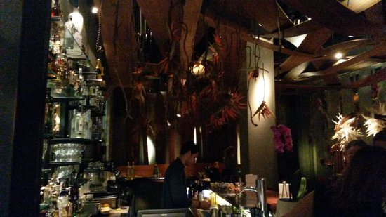 Ikibana Restaurant & Lounge Paralelo: Reception / Host Area