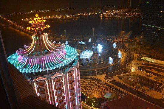 Hotel Lisboa Macau: View at night.
