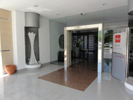 Hotel Riu Costa del Sol : L'entrée de l'hôtel