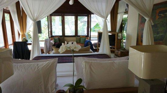 Komaneka at Tanggayuda : honeymoon room